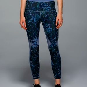 Size 6 Lululemon Running In The City 7/8 Tights
